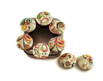 Set of 8 Button Magnets in Solstice with Storage Tin (BMT114)