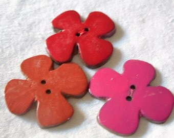 Set of 3 VINTAGE Painted Coconut Shell Realistic Flower Sew Thru BUTTONS