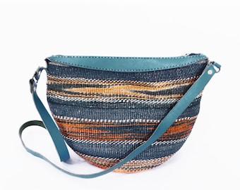 vintage SISAL bucket bag // 90's woven straw and leather purse // jute southwest boho bag // SUNSET colors