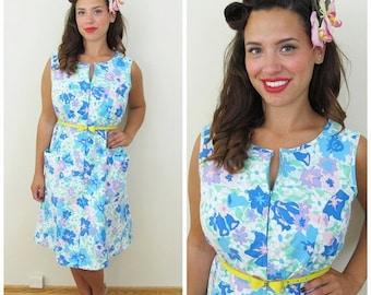 20% OFF SALE 80s Komar Blue Floral Zippered House Dress, Size Large