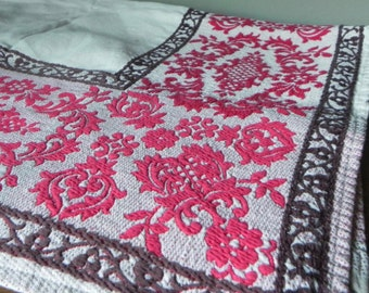 Beautiful vintage woven table cloth red and brown and white rectangle - 58 by 37 inches