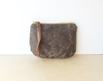 wristlet clutch • waxed canvas clutch with wrist strap • dark brown waxed canvas - simple brown wrislet clutch - zipper pouch • scout
