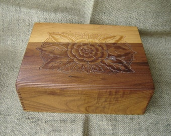 Vintage Carved Wood Jewelry Box Musical Jewelry Box Wood Storage Box Dancing Couple 1960s