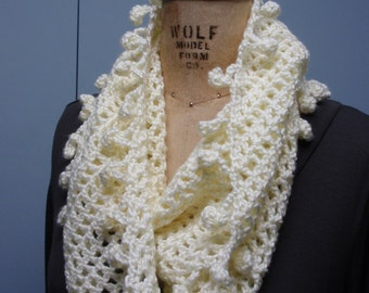 Crochet Infinity Scarf Fancy Bobble Edge Soft White