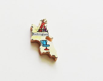 1960s Buckingham England Brooch - Pin / Unique Wearable History Gift Idea / Upcycled Vintage Wood Jewelry / Timeless Gift Under 25