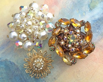 3 Vintage RHINESTONE Brooches Brooch Lot Faux Pearl