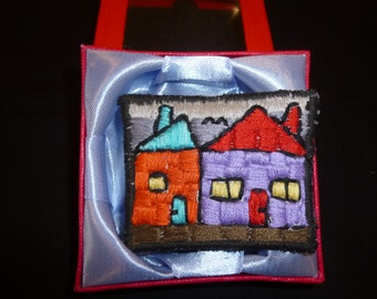 Brooch Embroidered Houses (340)