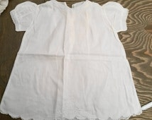 Vintage White Cottan Baby Toddler Dress..1950's Handkerchief Cotton Cloth Embroidered Dress for Baby