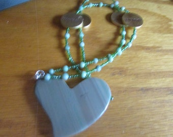 agate heart pendent