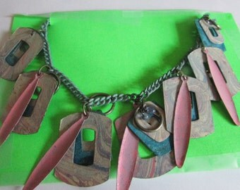 abstract design necklace
