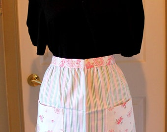 Pink cotton Half Apron with pockets,green stripes,O/S,pink half apron,half apron,cotton half apron,eco friendly,kitchen,cooking,baking,