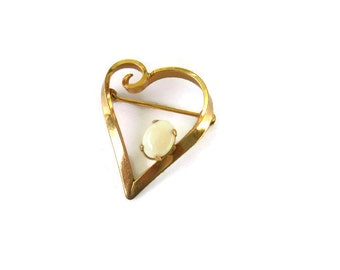 Vintage Winard Gold Filled Heart Brooch