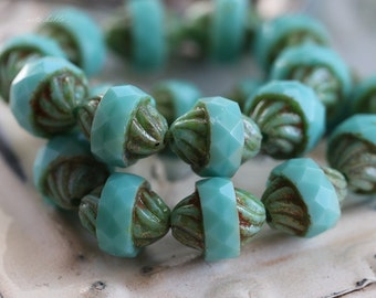 sale .. TURQUOISE TWIST .. 10 Picasso Czech Glass Turbine Beads 10x12mm (5116-10)