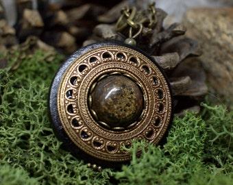 Protection Necklace Pendant 'Amddiffyn' Amulet Bronzite