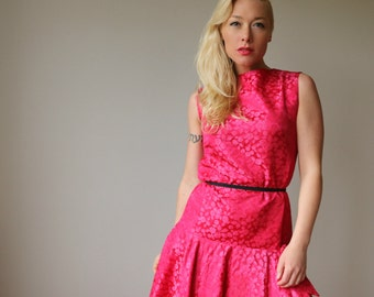 1960s Fuschia Bow Dress~Size Small to Medium