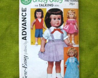 """Wardrobe for Chatty Cathy Doll - 20"""" Dolls - School Dress, Party Dress, Play Clothes, Nightgown / Advance 2897 / UNCUT FF"""