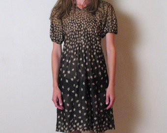 1970s black and brown LEAF PRINT mini dress, xs