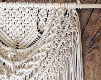 Macrame Wall Hanging, Wall Decor, Wedding Decor, Bohemian, Wall Hanging, Modern Macrame, Weaving, Tapestry, Knotted Tapestry,