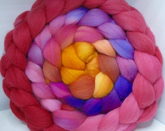 Merino 15.5 Roving Combed Top 5oz - Eagle Claw Cactus Bloom