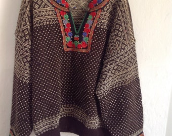 1940s Hungarian embroidered jumper