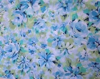 Vintage Springmaid FULL sized flat sheet Blue Flowers