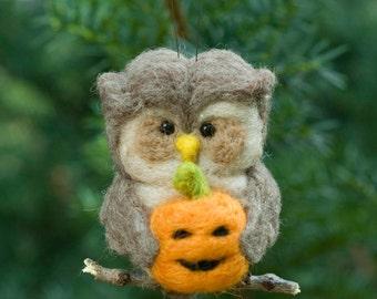 Needle Felted Owl Ornament - Holding Jack o Lantern