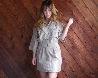 extra 25% off SALE ... Khaki Sand Mini Shirt Dress with Zippers - Vintage 80s - SMALL S 2 4