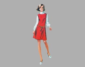 1969 Mini Pants dress pattern, Simplicity 8147, UNCUT, Bust 34, Sleeveless, Low waistline, 2 neckline styles, Back center zipper Cute