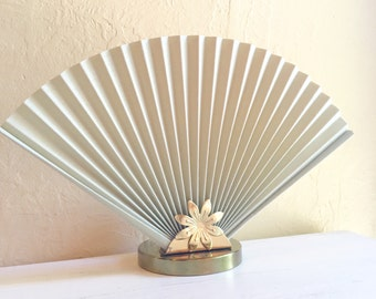 Vintage Hollywood Regency Gold and Fabric Fan Table Lamp Bedside Lighting