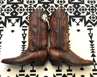 Vintage cowboy boots leather cowboy boots brown cowboy boots two tone cowboy boots size 9 cowboy boots cowgirl western boots equestrian