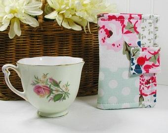 Tea Wallet ... Wiltshire Daisy Patchwork in Pink