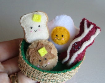Miniature felt breakfast play food people in basket play set - Toast and butter - bacon - pancake and egg
