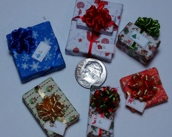 Six Assorted Miniature Christmas Packages set XP110