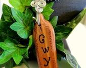 Cedar Feather Pendant, Cherokee Language, Seed Bead Necklace, Carved Cedar Pendant Necklace, Handcrafted Jewelry, Native Style, Turquoise