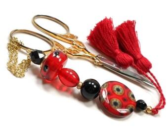 Scissor Fob Beaded Scissor Keeper Scissor Minder Red Black Needlepoint Quilting Sewing Cross Stitch Key Fob Zipper Pull
