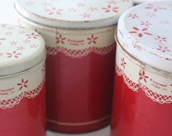 Strathmore Red Doily Round Cylindrical Canister Set