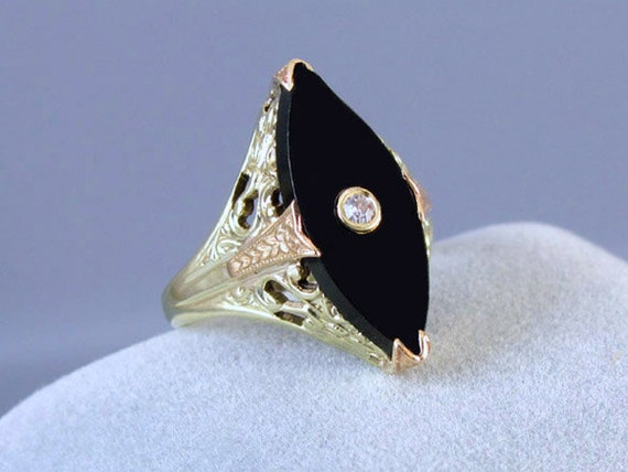 Vintage Art Deco 14k green and pink gold filigree black onyx marquise navette diamond ring