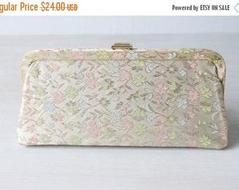 SALE Vintage Floral Brocade Evening Formal Handbag / Clutch / Evening Purse / Pink Blue Green Pastels