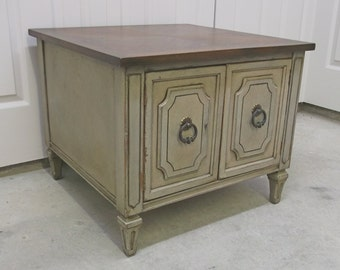 Weathered Latte Classic Cottage Style End Table Cabinet - TB1007 Shabby Farmhouse Chic
