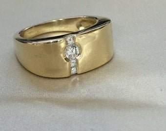 Fine quality 18k Yellow Gold Mens Wedding Band with .30 carats Diamonds