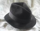 Vintage 1940s Mens Fedora Hat Black Italian Beaver