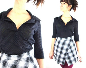 90s does 70s see through black collar top / small