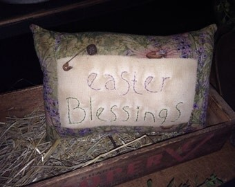 Primitive Easter Blessings Pillow Tuck
