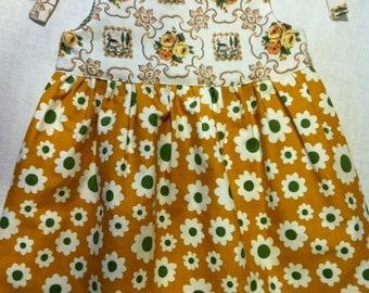 Vintage Cotton Daisy Pinafore Dress size 4 by Barneche/ Stephanie Barnes