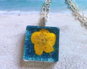 Natural Wildflower Necklace