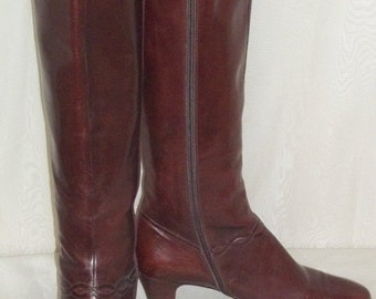 ON SALE Authentic Vintage Tall Salvatore Ferragamo Brown Leather Boots 8 AA Knee High