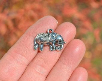 1 Silver Elephant  Charm SC2949