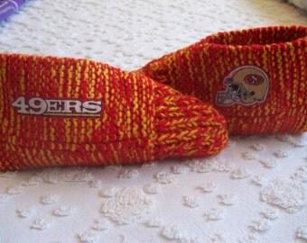 """Handmade  """"NFL  49ERS   SLIPPERS""""    Mens (10/11)"""