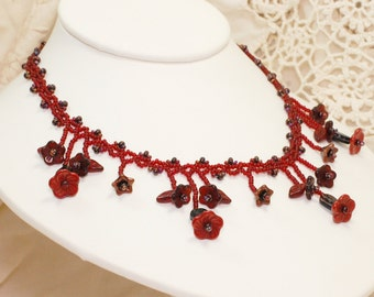Lace Bouquet Necklace - Cranberry Vampira