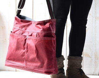 Waxed Canvas bag / Briefcase / Messenger bag / Bordeaux Tote / Women messenger / Travel bag / Vogue / Fall Fashion